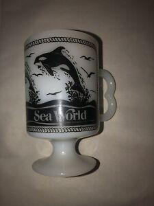 Vintage Sea World Milk Glass 1980 Sea World Shamu Coffee Mug Cup