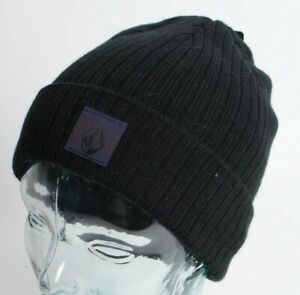 2021 NWT VOLCOM NEONS BEANIE $26 OS Black roll over classic fit iridescent patch