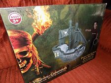 PIRATES OF THE CARIBBEAN THE DEAD MANS CHEST PIRATE SHIP TOSS RINGS INCLUDED!!