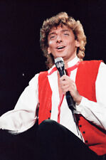 "12""*8"" concert photo of Barry Manilow playing at Blenheim in 1983"