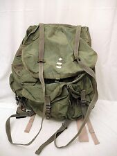 VINTAGE US MILITARY  SNC MFG. LARGE FIELD BACKPACK  WITH METAL FRAME