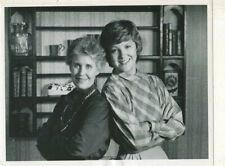 "Erma Bombeck , Miriam Flynn- ""Maggie"" - TV press photo MBX25"
