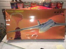 Mach 2 Vickers Valliant 1/72 & U.K. Atomic Bomb Model Kit - new & unassembled