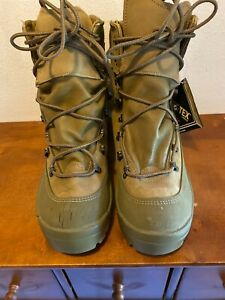 Belleville MCB 950 Gore-Tex Military Mountain Boots Men's Size 10 R (NEW READ)