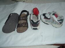 lot 2 paires chaussures  1 basket lucky luke 1 nu pied  garçon p 23 occasion