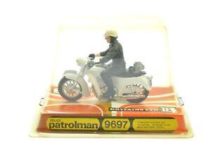 BRITAINS 9697 POLICE PATROLMAN