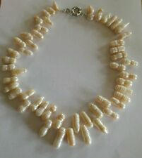Pearl Vintage Costume Necklaces without Theme