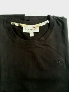 Men's Burberry Short Sleeve T-Shirt maroon Black with new.