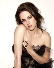 Kristen Stewart Unsigned 8x10 Photo (78)
