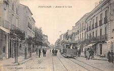 CPA 66 PERPIGNAN AVENUE DE LA GARE (cliché rare avec le tramway beau plan