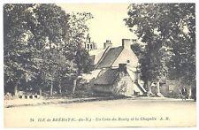 CPA 22 - ILE DE BREHAT (Côte d'Armor) - 24. Un coin du Bourg et la Chapelle