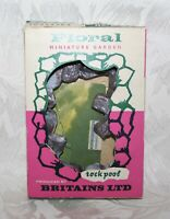 RARE BOXED VINTAGE 1960'S BRITAINS FLORAL GARDEN 2572 ROCKPOOL (MISSING PLANTS)