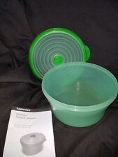 Tupperware Stuffables Bowl Container Expandable Flexible Seal 8c Green Microwave