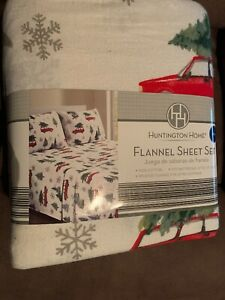 NEW HUNTINGTON HOME WINTER FLANNEL SHEET SET KING RED TRUCKS & TREES CHRISTMAS