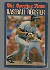 1986 Sporting News Baseball Register  New York Yankees Mattingly on the Cover
