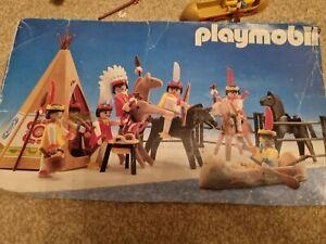 Playmobil 3926 Vintage indians Set .