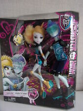 "Monster High-Wheel Love-Lagoona Blue + gillington ""gil"" webber-nuevo & OVP"