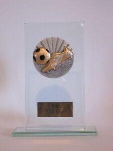 """Glas-Pokal """"Fußball/Schuh"""" mit Wunschgravur"""