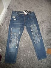 MANGO - Stunning Vintage -Fray -Embrodered Patch Feature Relax Crop Jeans Size 8