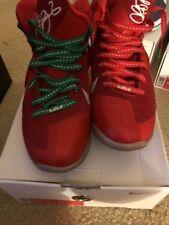 "Men's Lebron 9. Sz 8.5. #469764-602-Green/White/Red""Christmas """