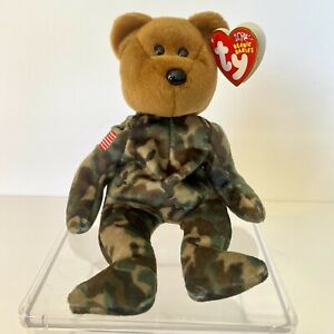 TY HERO  CAMOUFLAGE BEAR BEANIE BABIES with Tags 2003 10yrs WITH ERRORS +CASE