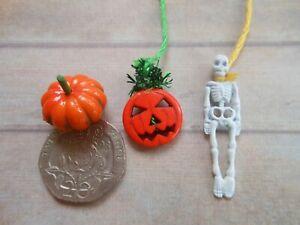 1:12 Dolls House Miniature 'Halloween Hanging Decorations - Pumpkin Skeleton'