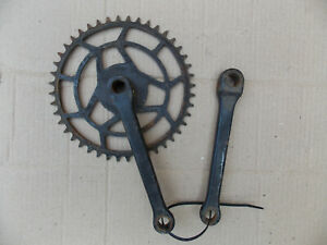 Vintage bicycle 1930s New Hudson chain wheel 44 teeth.