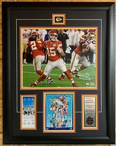 Patrick Mahomes Kansas City Chiefs Signed16x20 Super Bowl Champs Action Framed