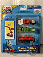 Thomas the Train Take N Play train maker monster pack Max and Gator Fisher price