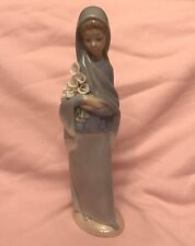 """Retired Lladro Figurine #4650 Girl With Flower calla lilies with box 9-1/4"""""""