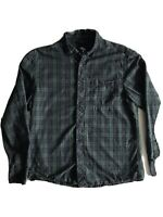 "Cedarwood State Men's Green Check Flannel Shirt Size Medium - 20"" Pit To Pit"