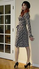 DVF Diane Von Furstenberg Vintage Jeanne X Graphic print SILK WRAP dress $468.00