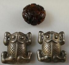 3pc set, Chinese Vintage Carved Amber Bead & 2 Silver Frog Pendants.