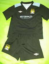 Manchester City football kit size 4-5years umbro