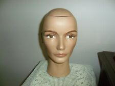 MANNEQUIN HEAD STYLE # 1051 COSMETOLOGY HEAD PIVOT POINT