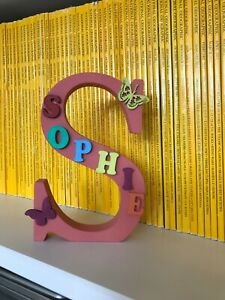 "Personalised hand decorated wooden letter/name ""Sofie"""