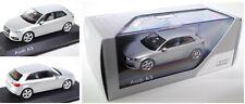 Schuco 5011203013 Audi A3 Dreitürer eissilber metallic, 1:43, Werbebox