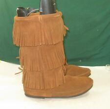 NEW brown Minnetonka Women's 3-Layer Fringe Boot    US Size 11