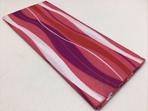 """Tissue Paper Printed Valentine's Day Wavy Pink Red 20"""" x 26"""" Package 5 Sheets"""