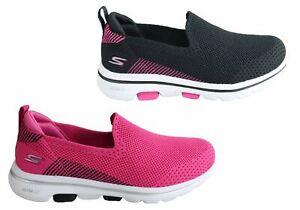 Skechers Go Walk 5 Prized Womens Comfortable Machine Washable Shoes - Mesh