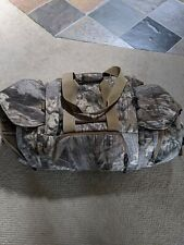 Columbia Camouflage Hunting Gear Duffel L/XL with tons of pockets no wear n tear