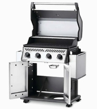 NAPOLEON Rogue XT Stainless Steel 4-Burner Nat. Gas Grill w/ Integrated Smoker