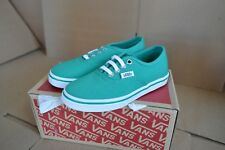 NWOB VANS Authentic Lo Pro Green / White Shoes VN-0W6MH1G Size 11 Youth