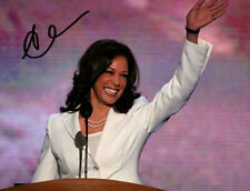 KAMALA HARRIS SIGNED PHOTO 8X10 RP AUTOGRAPHED DEMOCRATIC PARTY *