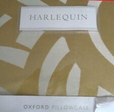 HARLEQUIN MOMENTUM COLLECTION VORTEX OXFORD PILLOWCASE IN GOLD RRP £32