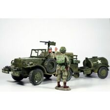 KING & COUNTRY-DD049, Jeep Américaine DODGE, conducteur et parachutiste Américai