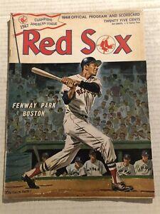 1968 New York YANKEES vs BOSTON RED SOX Program MICKEY MANTLE Carl YASTRZEMSKI