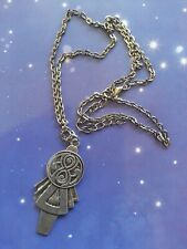 7th Doctor Who TARDIS Key Pendant Metal Replica Prop Necklace Chain Seventh Dr
