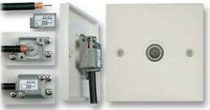 Quality TV Aerial White Slim Screened Single Coax IEC Wall Outlet Plate  100249