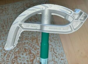 """NEW Greenlee 841A Pipe Bender- - 3/4"""" EMT and 1/2"""" Rigid With Multiplier"""